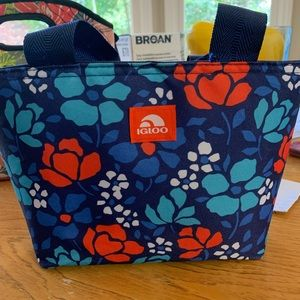 Igloo lunchbox/lunch bag